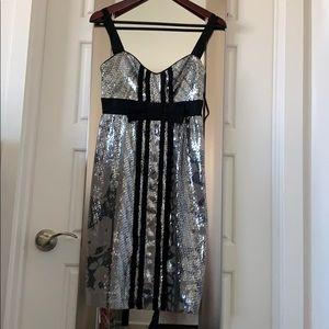Diane von Furstenberg Dress size 2